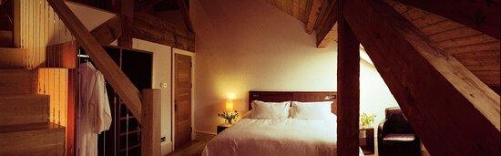 Lounge suite