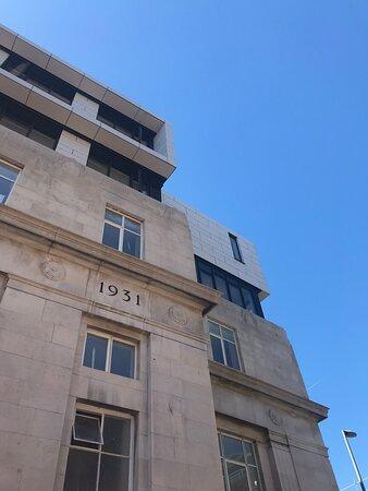 1931 exterior