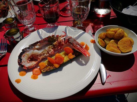 27 euros un peu cher pour un baby homard pas assez cuit.