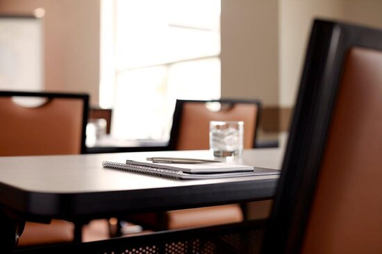 We offer the ideal location for your next meeting or event.