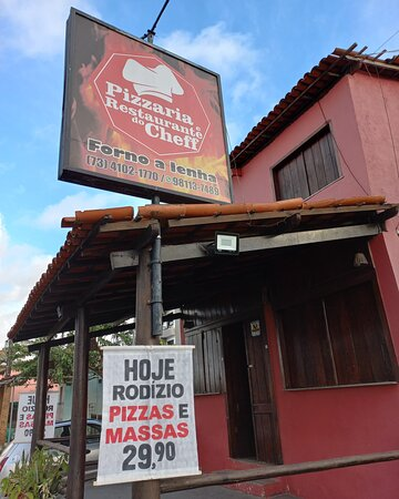 Fachada do restaurante, localizado na Av Lomanto Jr, bairro Pontal.