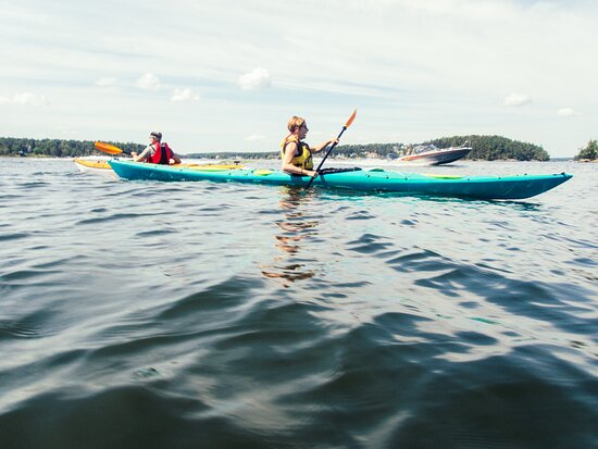 Sea kayaking course for beginners, Vaxholm, central part of Stockholm Archipelago