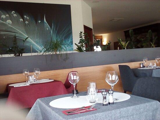 02  Salle de restaurant