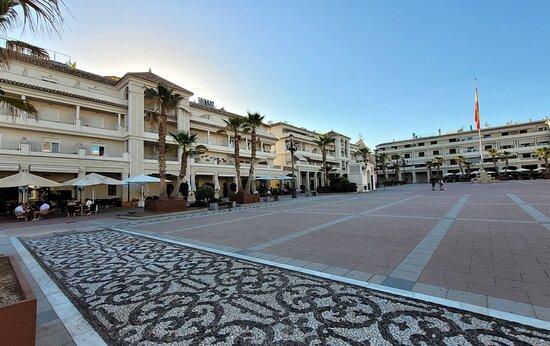 Hotel Mena