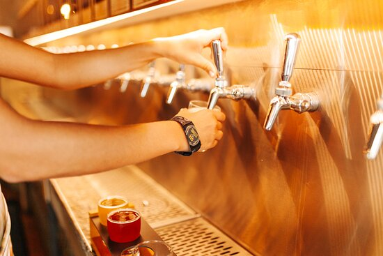 Craft Your Own Experience by pouring from the region's largest self-serve beer wall, featuring touchless RFID technology, and offering a selection of more than 50 rotating beers with an emphasis on American craft beers, as well as favorite hometown breweries