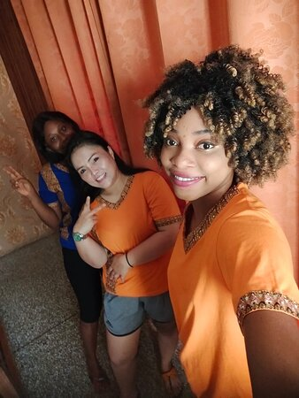 orchid Thai massage Accra is the most underrated massage parlor in Accra. Beautiful, professional and very friendly masseuses. You wouldn't regret paying a visit.