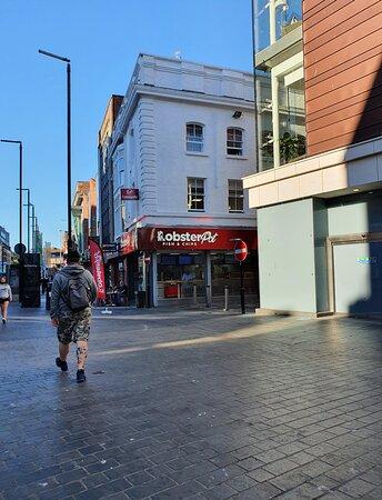 The Lobster Pot along Whitechapel
