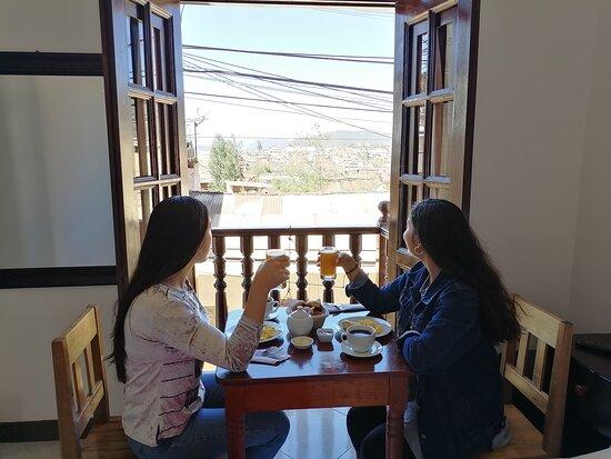 Foto tomada desde la habitación con vista a la ciudad