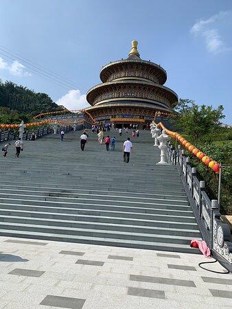 Đài Loan: 台灣宗教聖殿 也是一貫道總壇(天壇)世界宗教聖殿之一,來台灣必到景點。