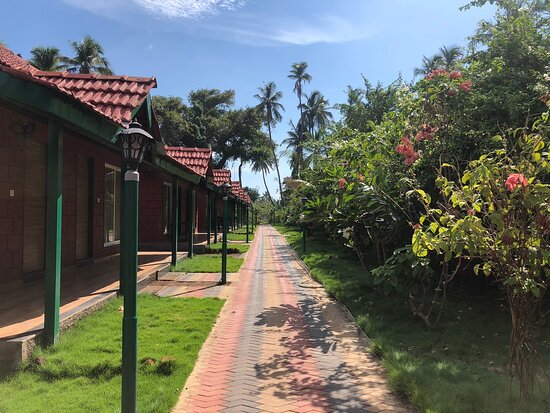 Beautifully designed old architecture with natural Red stone in the lap of nature near the main beach of Shriwardhan