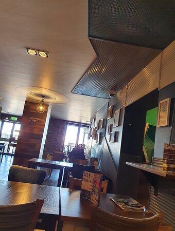 Good Wetherspoon pub