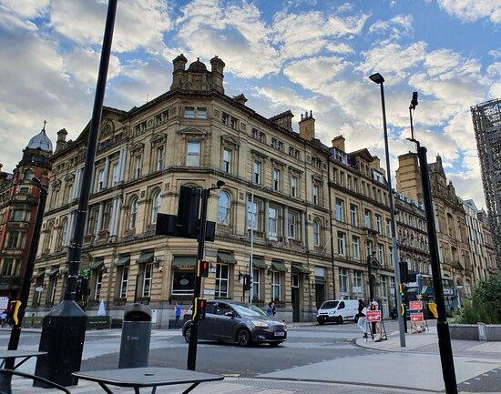 Sir Thomas Building