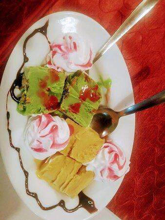 Пуэрто-Рико, Испания: SP Bryani Mango& pistacho icecrem Indian Spesel