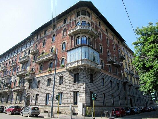 Palazzo Via Mascheroni 1