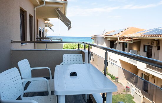 Balcony with a sea view!