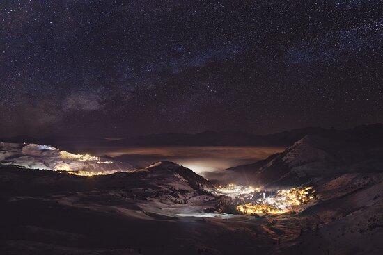 La Plagne - Panoramique nuit. © Olivier Allamand