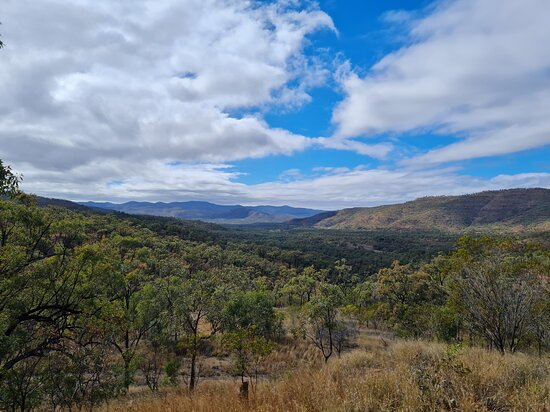 View from Drummond Range Lookout.