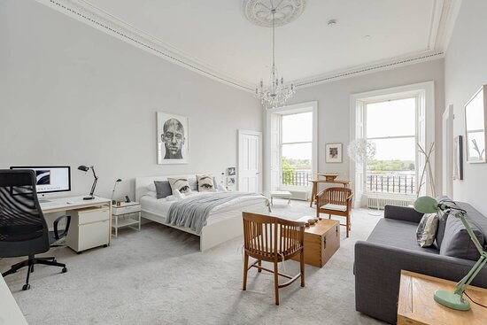 Canonmills Suite (available when all of Crescent House is taken for exclusive use)