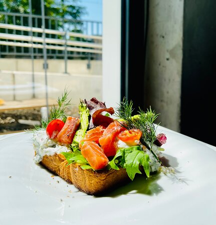 toast with gravlax salmon and fresh vegetables