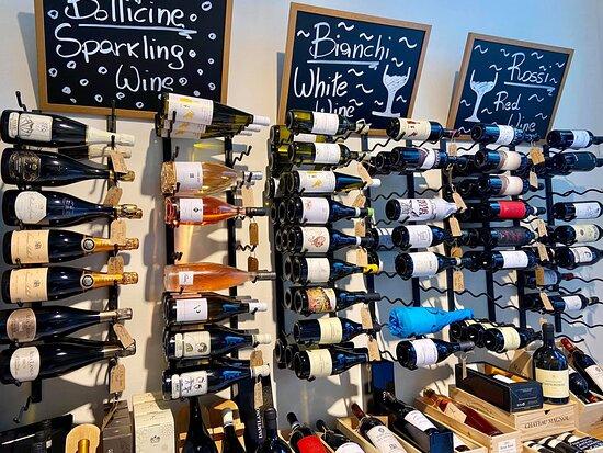 Vasta gamma di vini.
