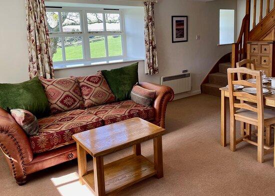 Snowdrop Cottage living room