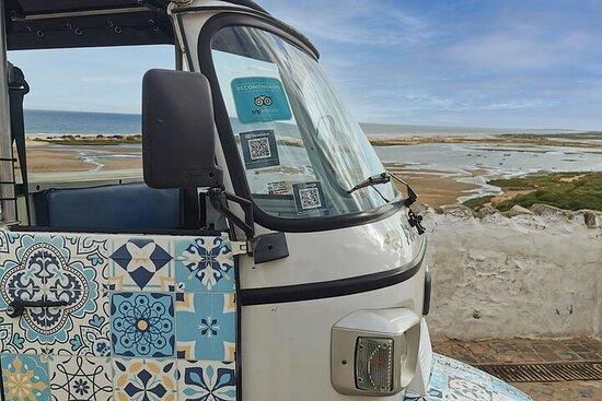 Scopri Cabanas de Tavira e Cacela Velha: tour in tuk tuk elettrico