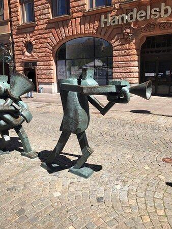 Optimistorkestern Optimistic orchestra Statue sochy Malmo