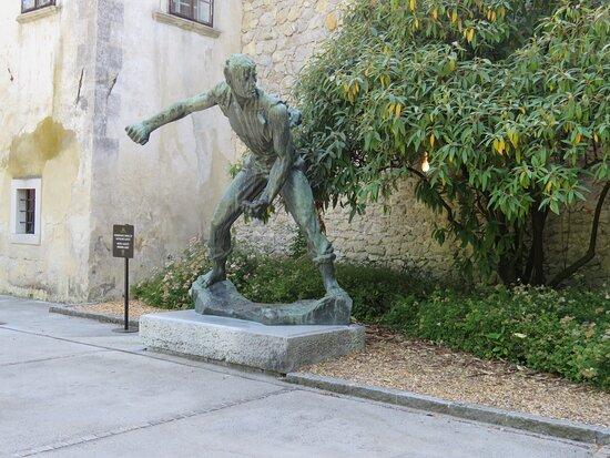 Sculpture - Lojze Dolinar