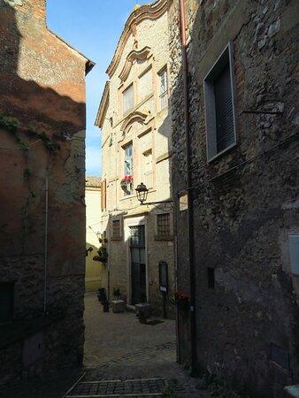 La facciata dell'ex convento dell'Annunziata