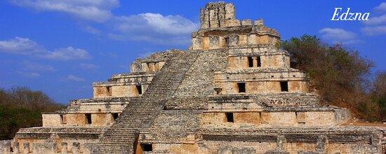 Il y a des sites préhispaniques que l'on oublie jamais, Edzna en fait parti, un incontournable lors de votre séjour dans le Yucatan avec votre guide privé francophone.