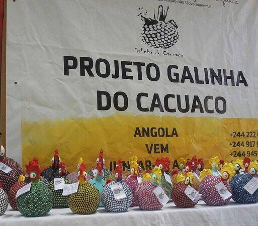 Fenador -Associacao Felicidade na Dor - Galinha do Cacuaco