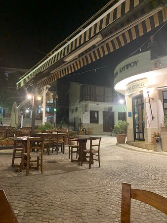 Great tavern to have delicious food in chill environment
