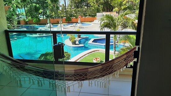 Vista suite da piscina