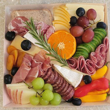 Meat & Cheese Charcuterie Board