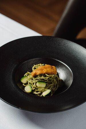 Autumn 2021 - Spaghetti with nasturtium pesto and sea urchins