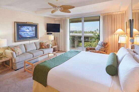 Aston at The Whaler on Kaanapali Beach - Studio Ocean View Premium Bed