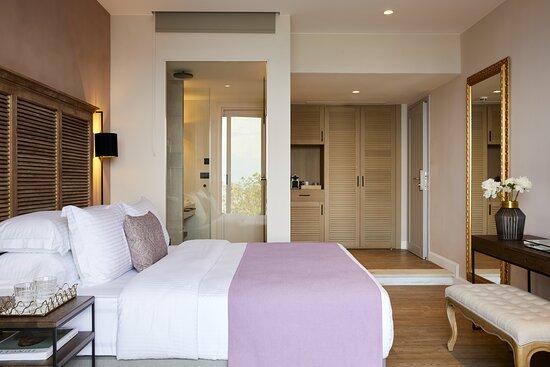 Junior Suite Private Pool Bedroom