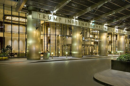Trump Chicago Spacious Front Drive