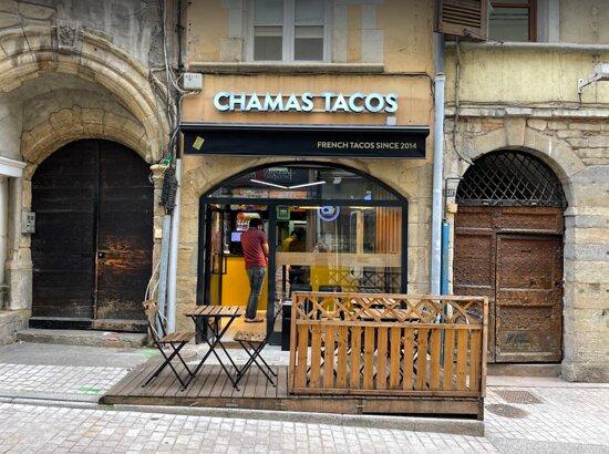 Devanture restaurant Chamas Tacos Vienne