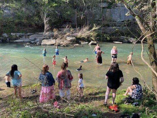Lewisburg, TN: Easter 2021 At Our Creek .  We've Decided To Make This An Annual Tradition! Please Feel Welcome To Bring A Covered Dish Or A Dessert And Join Our Tribe For Your Next Easter Celebration!