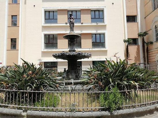 Fontana Di Santa Caterina