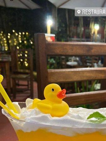 Drink De Boa na Banheira com gin e espuma de gengibre sabor Maracujá é no Boiteko!