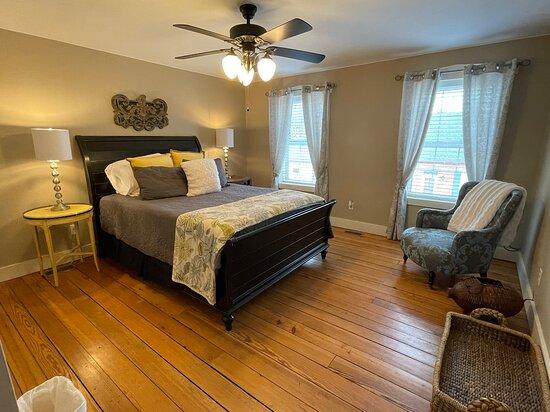 Third Level Suite Queen room