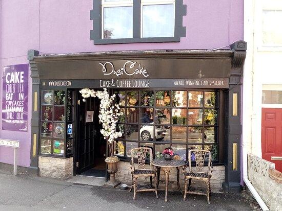 Dusicake shop front