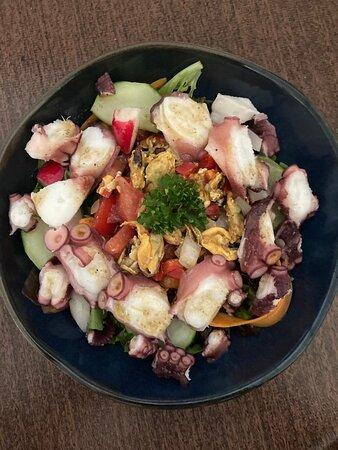 Salade de pulpo