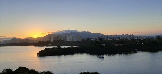 Vista para a Lagoa de Marapendi e Clube Náutico mandala.