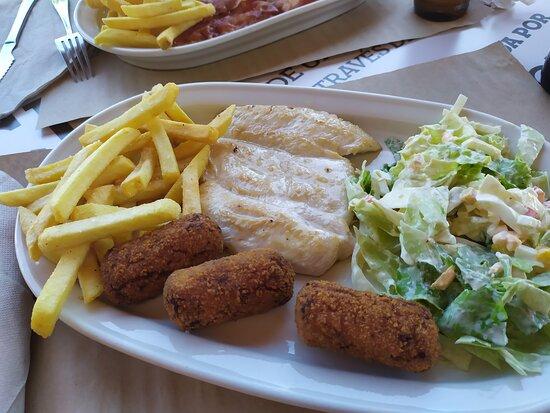 Ricas raciones y platos combinados