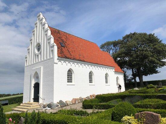 Langør kirke er uden tårn