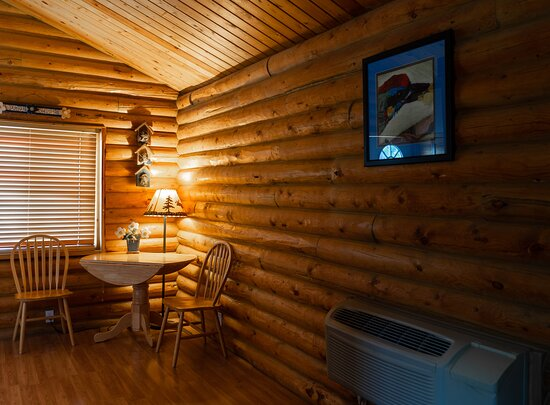 Room 214: Birds Nest. This is one of our Private Cabins with two queen Beds.