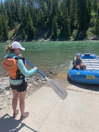 8 millas de Whitewater Standard Raft: Getting ready!
